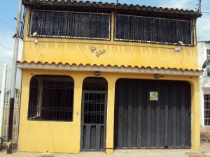 Casa En Ventaen Cagua, Ciudad Jardin, Venezuela, VE RAH: 15-2038