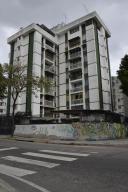 Apartamento En Venta En Caracas, La Trinidad, Venezuela, VE RAH: 15-2045