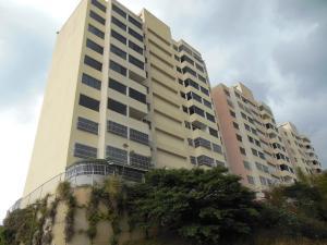 Apartamento En Venta En Caracas, Municipio Baruta, Venezuela, VE RAH: 15-2161