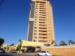 Apartamento En Venta En Maracaibo, Maracaibo, Venezuela, VE RAH: 15-2206