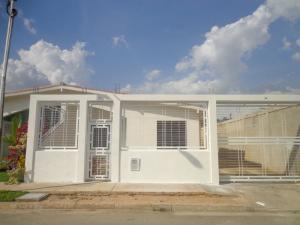 Casa En Venta En Guacara, Piedra Pintada, Venezuela, VE RAH: 15-2241