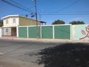 Terreno En Venta En Maracaibo, La Limpia, Venezuela, VE RAH: 15-2317