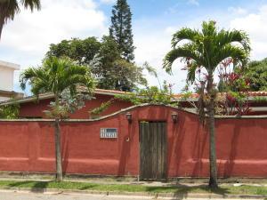 Casa En Venta En Caracas, El Placer, Venezuela, VE RAH: 15-2503