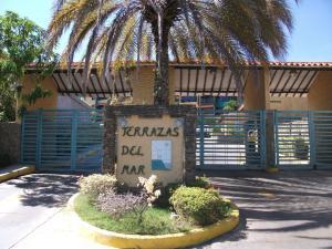Apartamento En Venta En Margarita, Pampatar, Venezuela, VE RAH: 15-2422