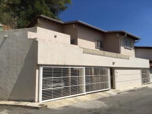 Casa En Venta En Caracas, Miranda, Venezuela, VE RAH: 15-2437