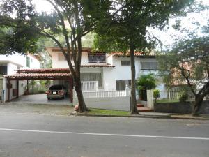 Casa En Venta En Caracas, Lomas De Chuao, Venezuela, VE RAH: 15-2537