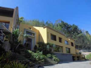 Casa En Venta En Caracas, La Trinidad, Venezuela, VE RAH: 15-2621