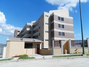Apartamento En Venta En Caracas, La Lagunita Country Club, Venezuela, VE RAH: 15-2639