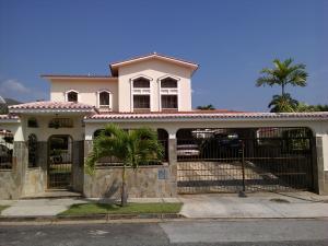 Casa En Venta En Valencia, La Viña, Venezuela, VE RAH: 15-2784