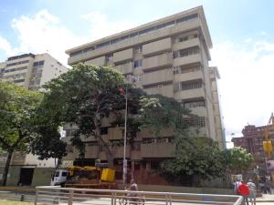 Local Comercial En Venta En Caracas, Las Palmas, Venezuela, VE RAH: 15-2968