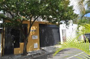 Casa En Venta En Caracas, La Trinidad, Venezuela, VE RAH: 15-3122