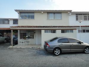 Casa En Venta En Caracas, Colinas De La California, Venezuela, VE RAH: 15-3186