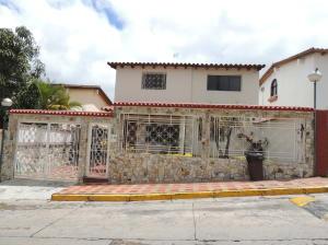 Casa En Venta En Los Teques, San Homero, Venezuela, VE RAH: 15-3315