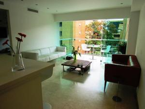 Apartamento En Venta En Caracas - Campo Alegre Código FLEX: 15-3352 No.5