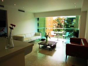 Apartamento En Venta En Caracas - Campo Alegre Código FLEX: 15-3352 No.6
