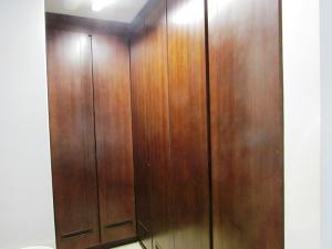 Apartamento En Venta En Caracas - Campo Alegre Código FLEX: 15-3352 No.14