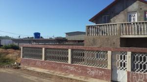 Casa En Venta En Punto Fijo, Guanadito, Venezuela, VE RAH: 15-3393