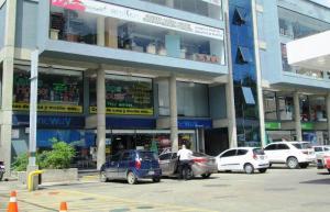 Local Comercial En Venta En San Antonio De Los Altos, La Rosaleda, Venezuela, VE RAH: 15-3365