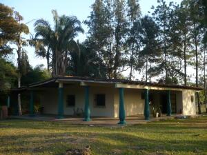 Terreno En Venta En Municipio Libertador, Santa Isabel, Venezuela, VE RAH: 15-3394
