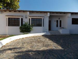 Casa En Venta En Punto Fijo, Judibana, Venezuela, VE RAH: 15-3142