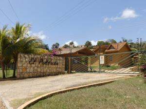Townhouse En Venta En Sanare, Sanare, Venezuela, VE RAH: 15-3719