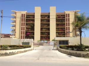 Apartamento En Ventaen Higuerote, Agua Sal, Venezuela, VE RAH: 15-3767