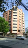 Apartamento En Venta En Maracaibo, Tierra Negra, Venezuela, VE RAH: 15-3779