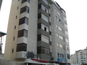 Apartamento En Venta En Caracas, La Carlota, Venezuela, VE RAH: 15-3806