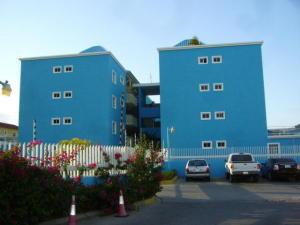 Apartamento En Venta En Margarita, Costa Azul, Venezuela, VE RAH: 15-3874