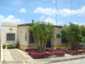 Casa En Venta En Cabudare, Parroquia José Gregorio, Venezuela, VE RAH: 15-4217