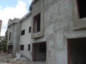 Townhouse En Venta En Caracas, Manzanares, Venezuela, VE RAH: 15-4043