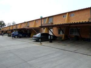 Townhouse En Venta En Municipio San Diego, Pueblo De San Diego, Venezuela, VE RAH: 15-4181
