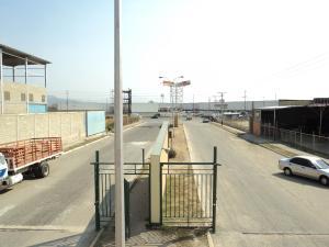 Industrial En Venta En Valencia, Zona Industrial, Venezuela, VE RAH: 15-4260