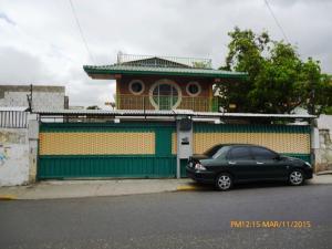 Casa En Venta En Caracas, La Florida, Venezuela, VE RAH: 15-4275