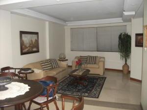 Apartamento En Venta En Maracaibo, Tierra Negra, Venezuela, VE RAH: 15-4306