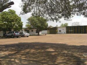 Local Comercial En Alquiler En Cabimas, Zulia, Venezuela, VE RAH: 15-4370