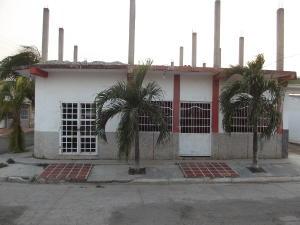 Casa En Venta En Guacara, Tesoro Del Indio, Venezuela, VE RAH: 15-4427