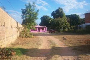 Terreno En Ventaen Ciudad Bolivar, Agua Salada, Venezuela, VE RAH: 15-4488
