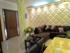 Casa En Venta En Maracaibo, Lago Mar Beach, Venezuela, VE RAH: 15-4510
