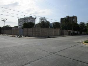 Terreno En Venta En Maracaibo, Las Delicias, Venezuela, VE RAH: 15-4721