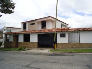 Casa En Venta En San Antonio De Los Altos, Los Castores, Venezuela, VE RAH: 15-4738