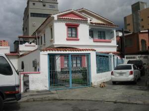Casa En Venta En Caracas, El Paraiso, Venezuela, VE RAH: 15-5473