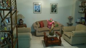 Casa En Venta En Maracaibo, La Lago, Venezuela, VE RAH: 15-4858