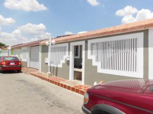 Casa En Venta En Charallave, Vista Linda, Venezuela, VE RAH: 15-4863