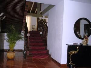 En Venta En Caracas - El Marques Código FLEX: 15-4876 No.2