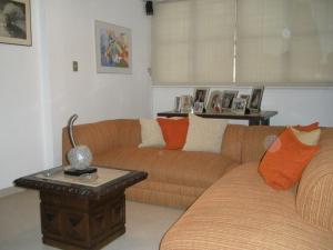 En Venta En Caracas - El Marques Código FLEX: 15-4876 No.15
