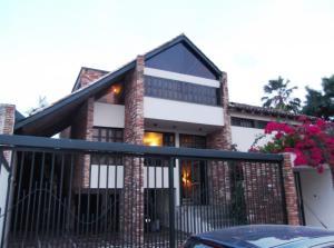 Casa En Venta En Valencia, Altos De Guataparo, Venezuela, VE RAH: 15-5044