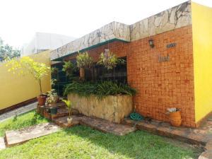 Casa En Venta En Valencia, El Parral, Venezuela, VE RAH: 15-5111