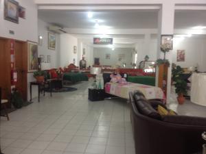Local Comercial En Venta En Punto Fijo, Punto Fijo, Venezuela, VE RAH: 15-5140