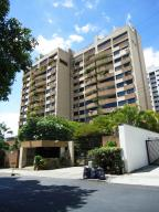 Apartamento En Venta En Caracas, Santa Eduvigis, Venezuela, VE RAH: 15-5203